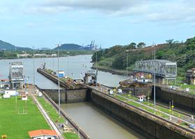 Enter Panama Canal Cristobal / Cruising Panama Canal / Exit Panama Canal Balboa / Fuerte Amador, Panama