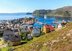 Honningsvag, Norway / Scenic Cruising North Cape