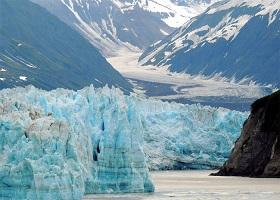 Cruising Yakutat Bay / Hubbard Glacier