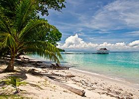Pulau Menyawakan, Indonesia