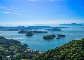 Scenic Cruising Seto Inland Sea, Japan / Tomonoura, Japan